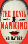 The Devil of Nanking, Mo Hayder